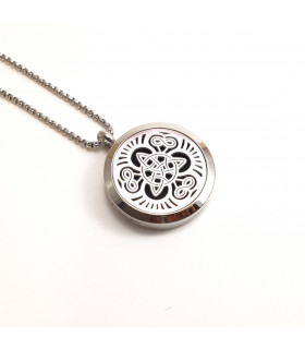 Triquetra Infinity Aromatherapy Locket 30mm