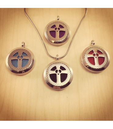 Cross Heart Trinity Aromatherapy Locket 25mm